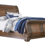 Buy inexpensive Sleigh beds to change the bedroom look