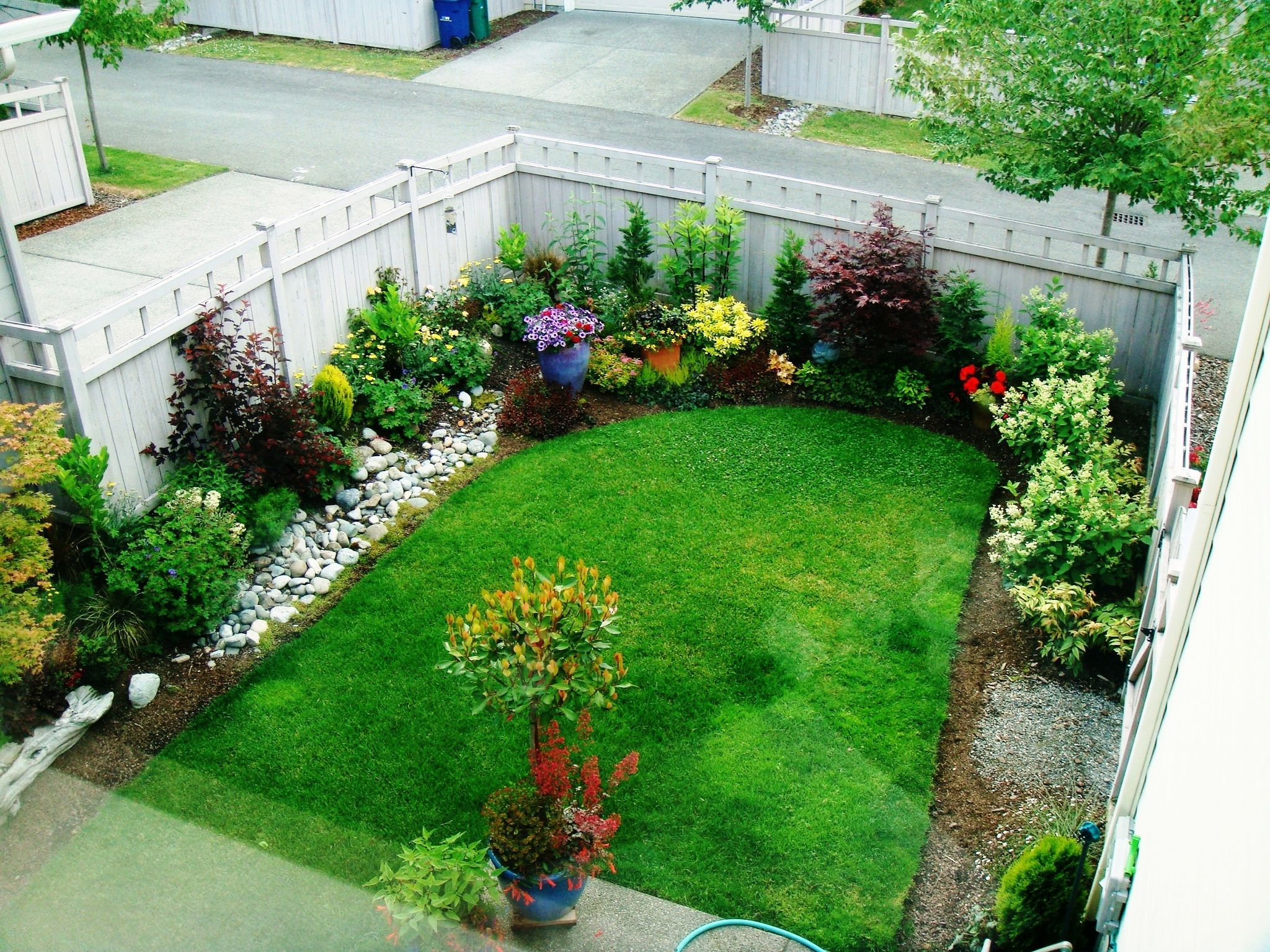 small garden design ideas best landscape design for small backyard VWAUVZC