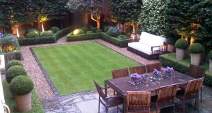 small garden design ideas love this small but perfectly designed and manicured garden || tall CWVPFBT