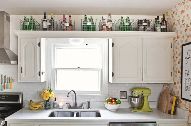 small kitchen storage (image credit: a beautiful mess) KQLMNDM