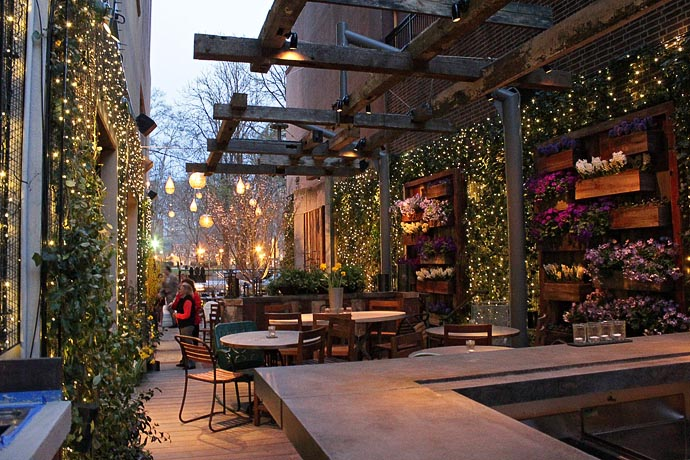 Philadelphia Bars with Outdoor Seating