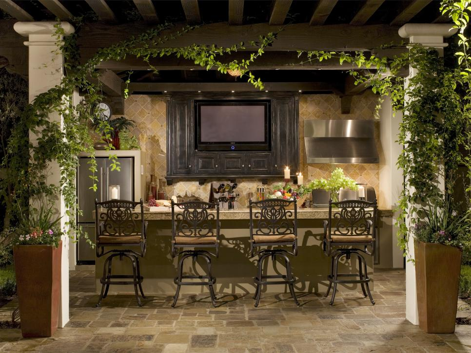 19 outdoor bar with builtin television Photos