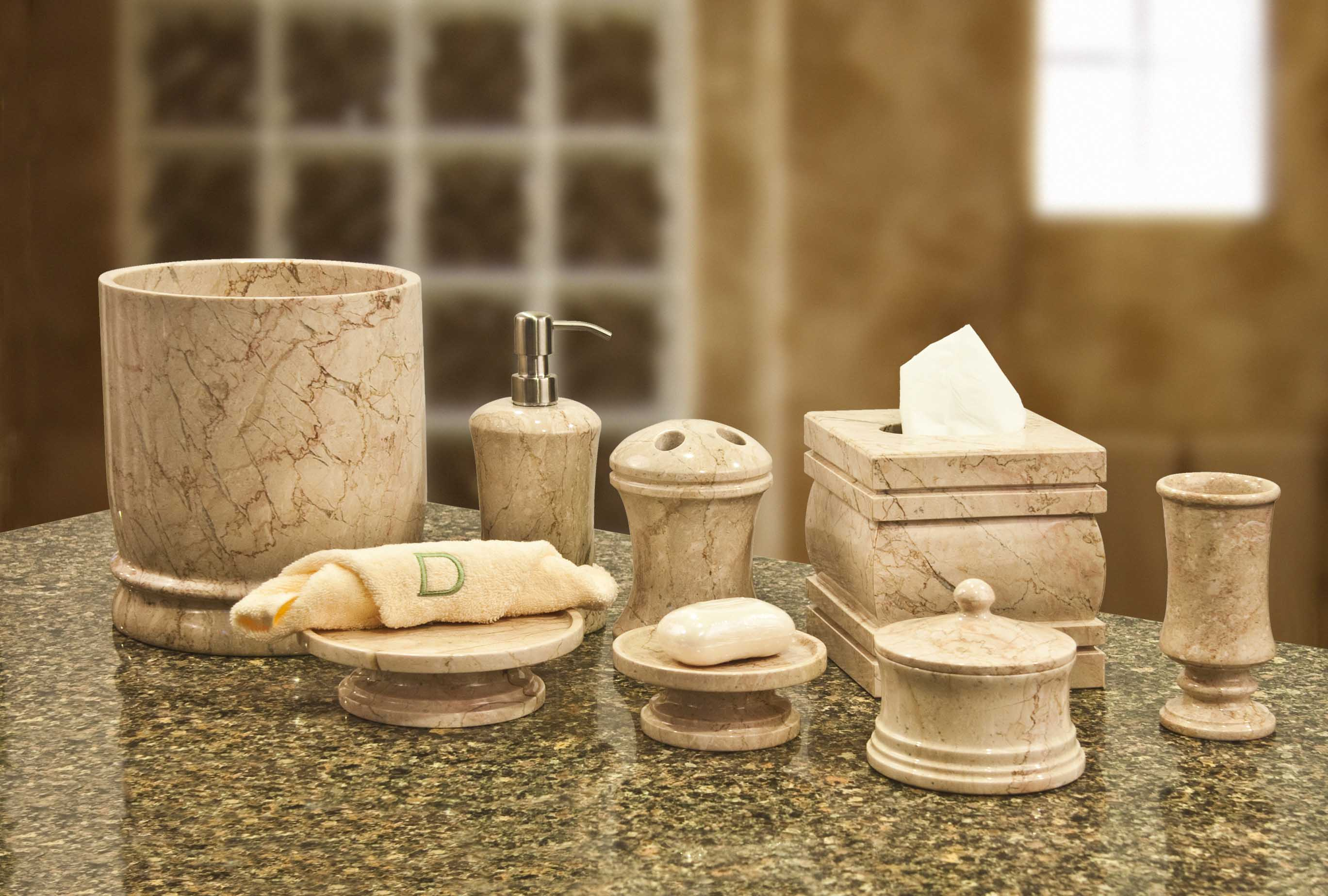 Get a new look of bathroom with elegant   bathroom decor sets