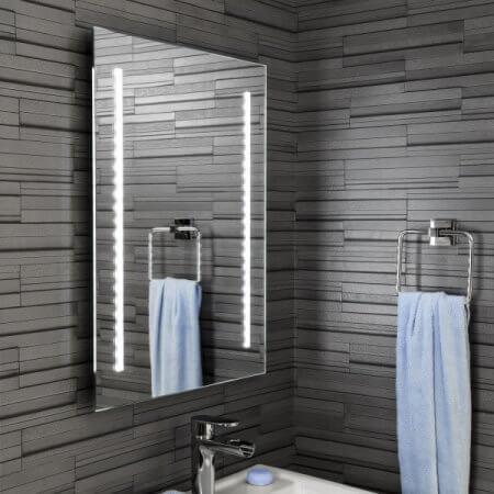 Ceramica Large Mirror with Battery Powered LED Lights (650 x 500mm)