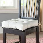How to find the right dining room chair   cushions ?