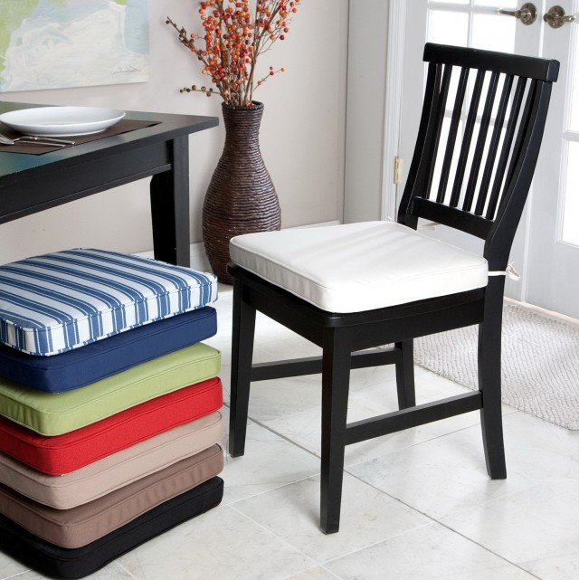 Real craftsmanship comes out with the selection of kitchen chair cushion