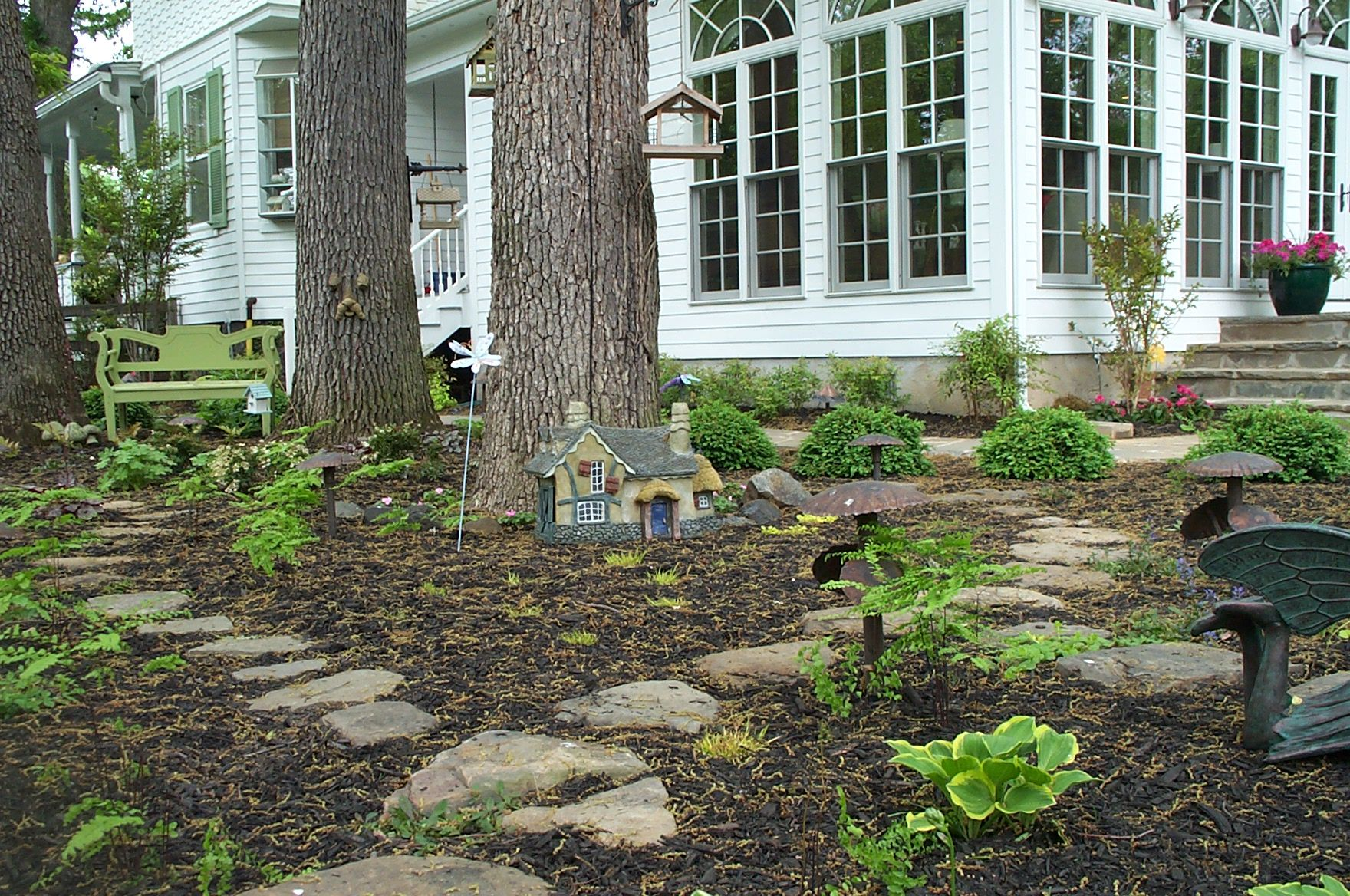 Fairy garden Garden Yard Ideas, Garden Projects, Design Projects, Design  Ideas, Fairies