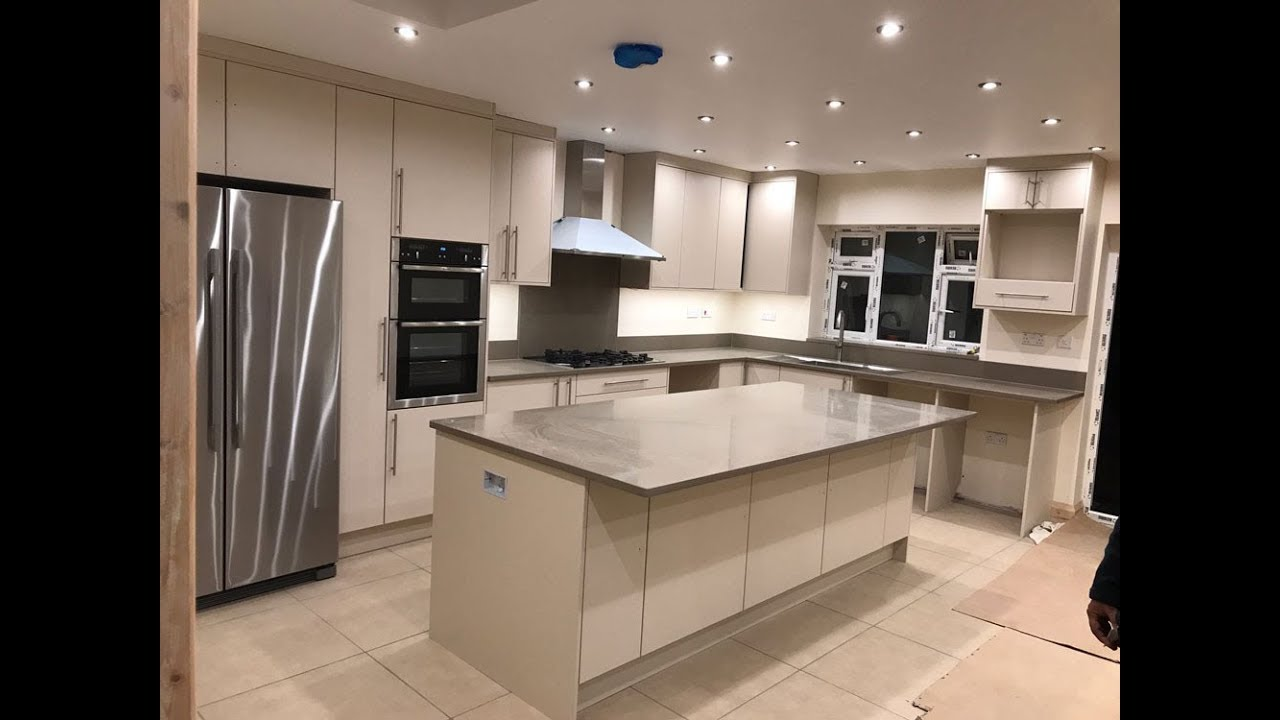 Fitted Kitchens - Bespoke Fitted Kitchen Furniture, London, UK