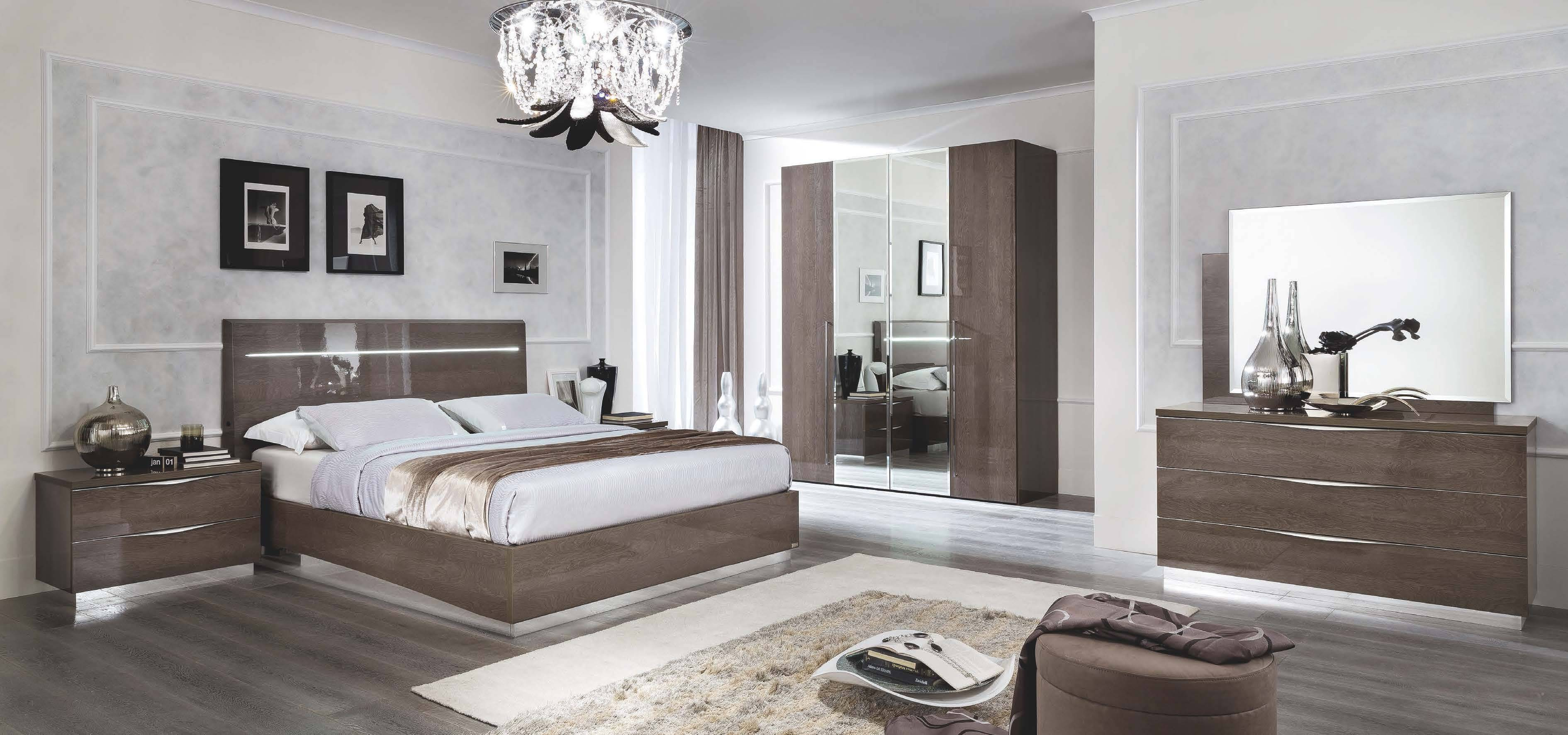 SKU 254912. Made in Italy Quality High End Bedroom Sets