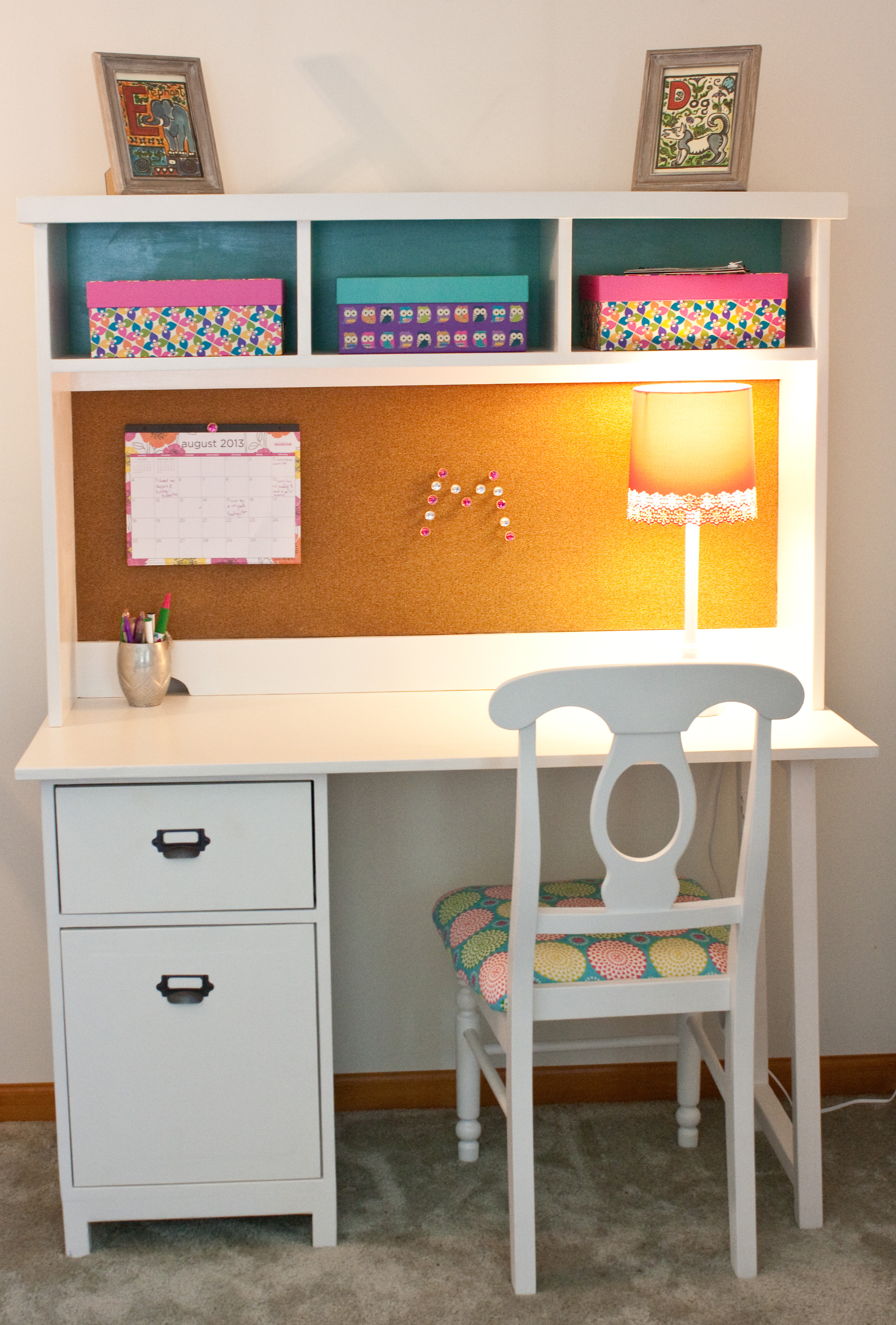 Scholl Kid Study Desk Made Of Solid Wood In White Finished
