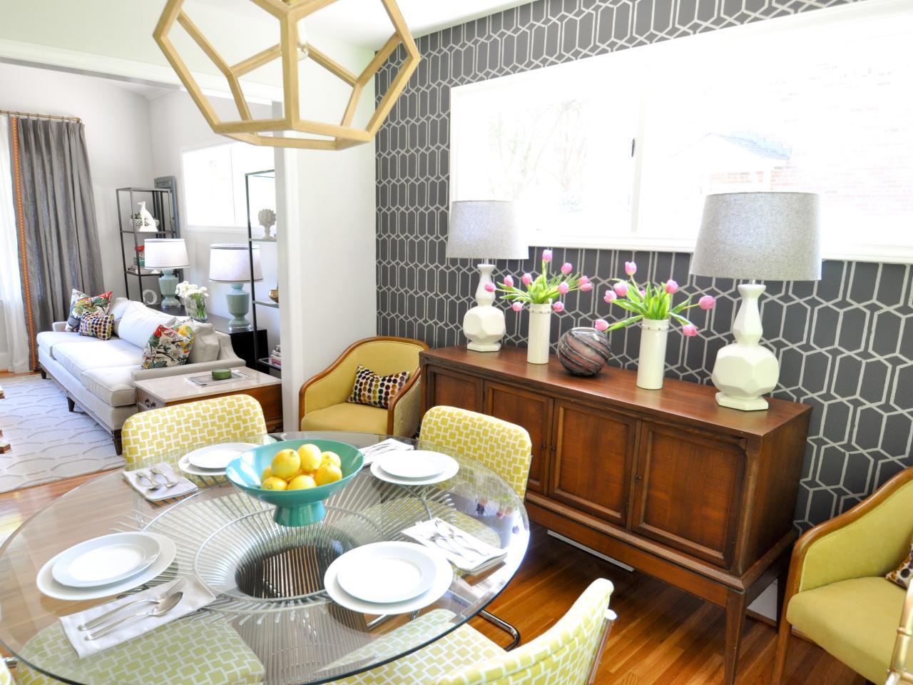Vibrant Midcentury-Modern Dining Room