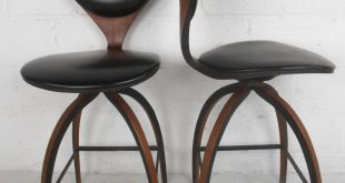 American Pair of Mid-Century Modern Plycraft Bar Stools by Norman Cherner  For Sale