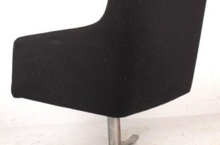 Mid-Century Modern Mid-Century Modern Swivel Lounge Chair For Sale - Image 3