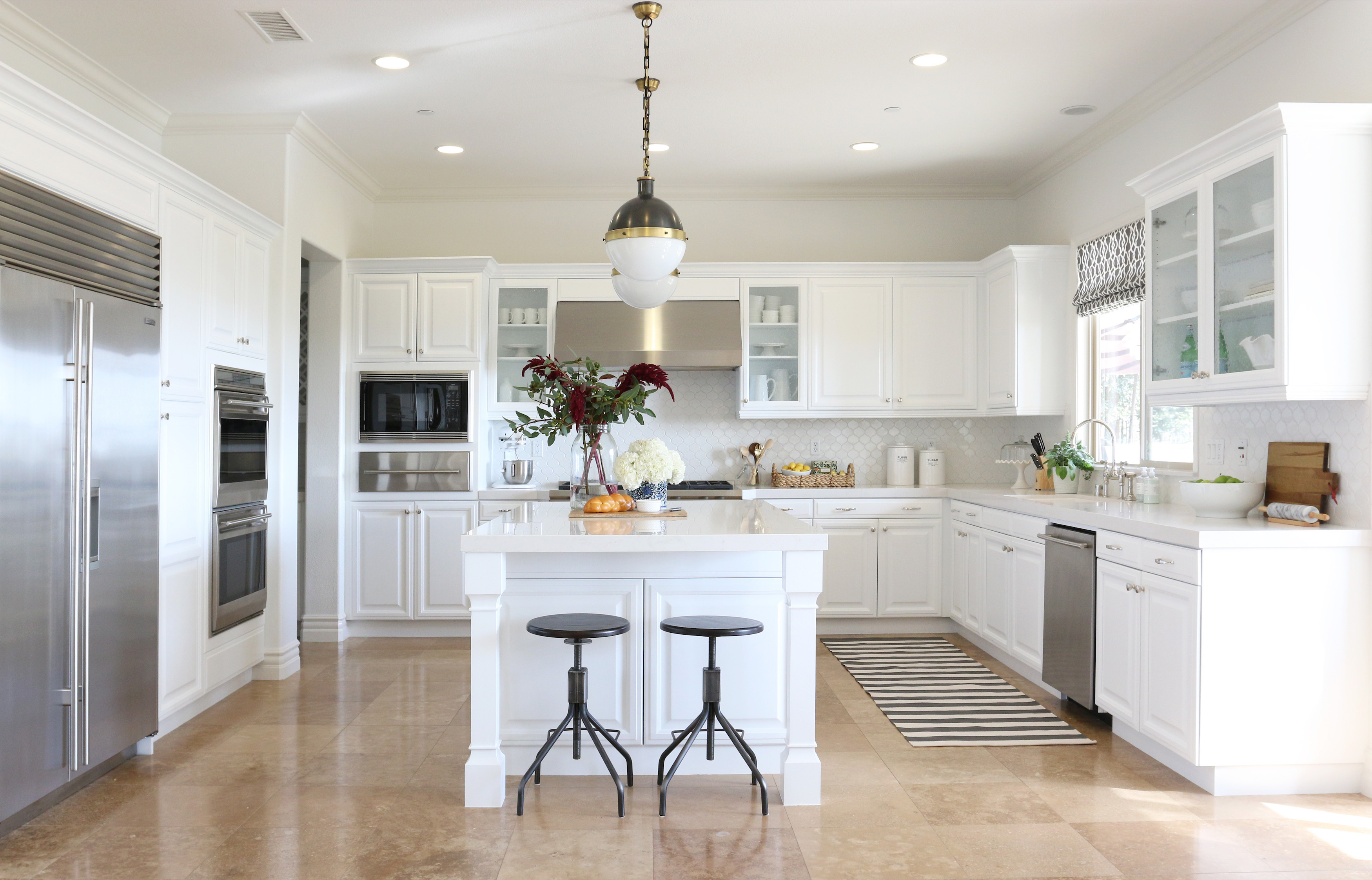 Kitchen White Paint Colors Design Ideas With Cabinets Granite Wooden  Breakfast Bar Stools Modern Wall Floor