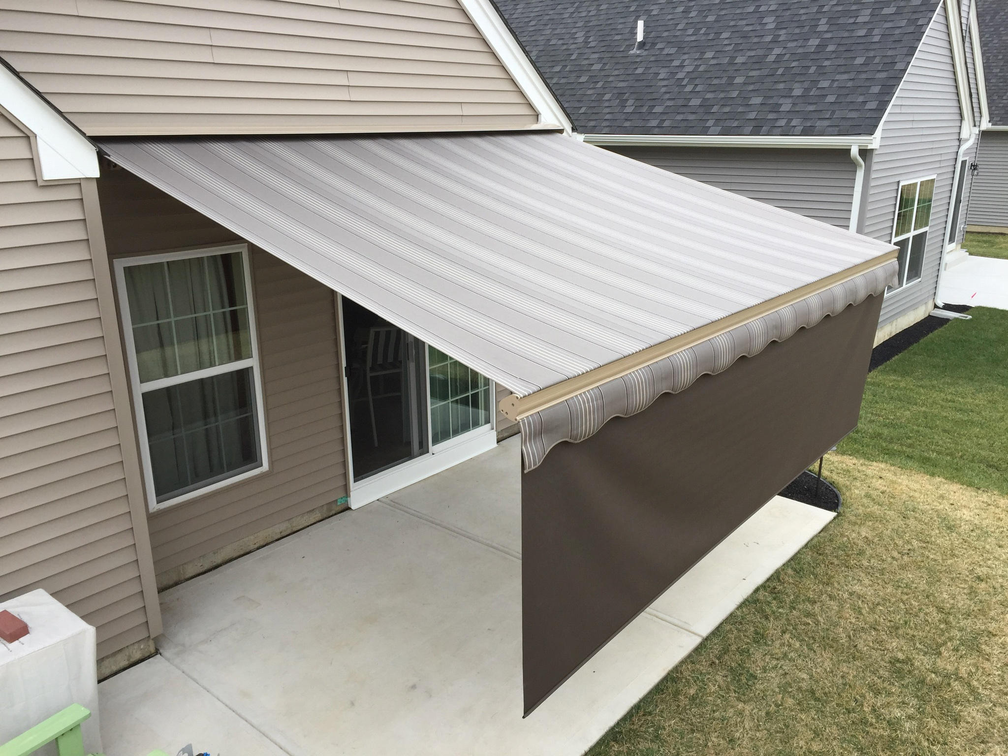 This aesthetic will add value and curb appeal to your home, should you ever  decide to sell. The investment you make with a Motorized Retractable Awning  will
