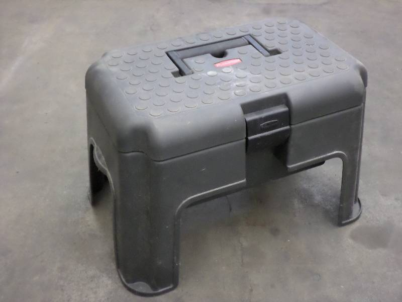 Rubbermaid Step Stool With Storage Loretto Equipment 257 Rubbermaid Stool