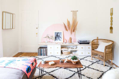 45 Awesome Ideas for How to Decorate Your Walls (No Matter Your Budget).  602d27aa945c5910dd413ceee37d8ab2dbff0be4