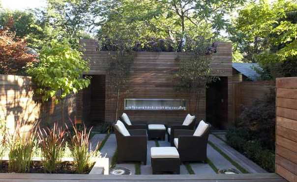 wooden walls and patio furniture on roof top