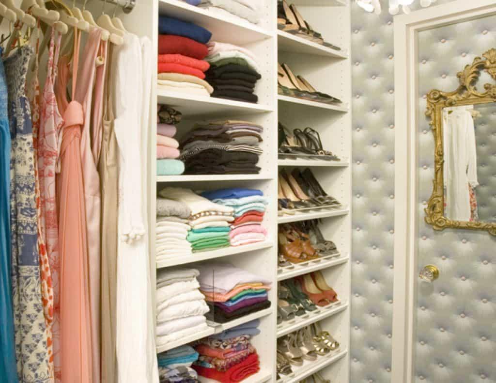 Women Small Walk In Closet With Mirror : Small Walk In Closet Ideas