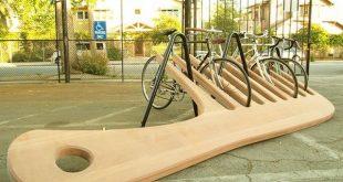 Cool Urban Furniture: Bike Rack Shaped Like a Giant Comb