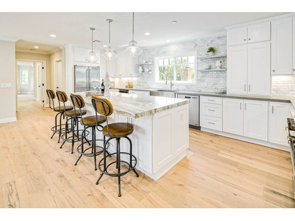 White Shaker Cabinets. Sample Kitchen Image 1
