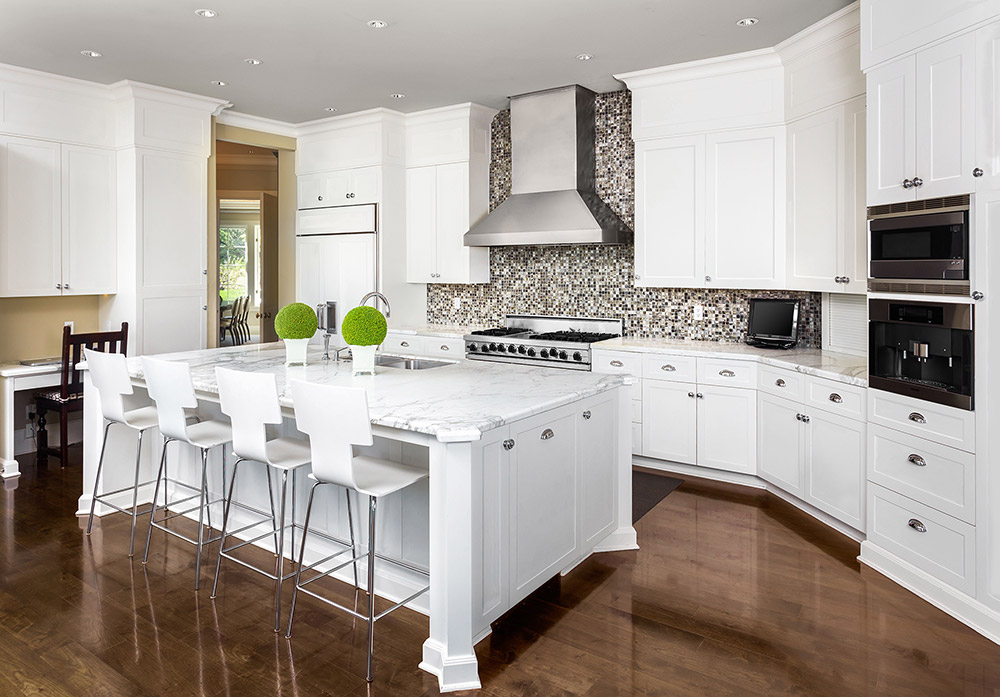 Arlington White Shaker Kitchen Cabinets